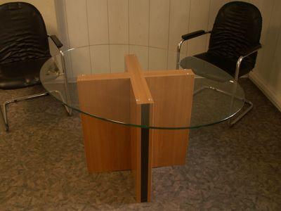 Tisch der Tischlerei Kuckuck